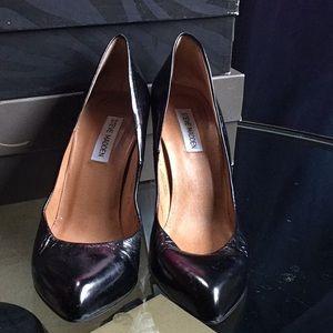 Black heeled shoes
